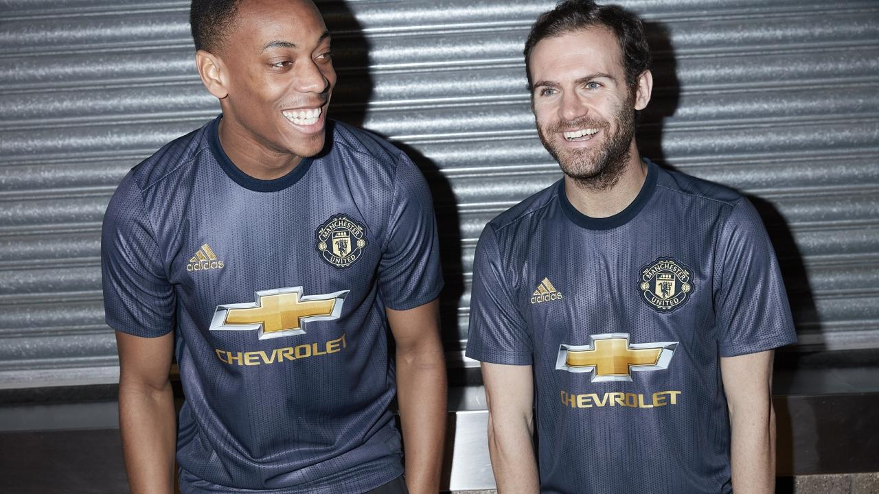 Maillot Extérieur Manchester United Fred
